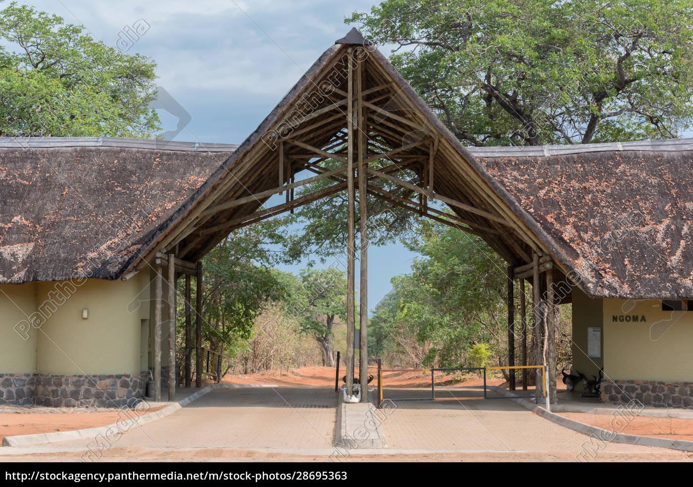 the, ngoma, gate, of, chobe, national - 28695363