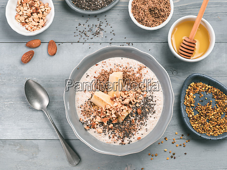 overnight oats in bowl and ingredients