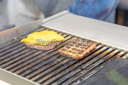cheeseburger grill