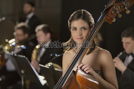 portrait of double bassist