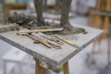 different tools at sculpture