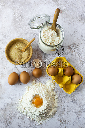 egg yolk in flour chicken eggs