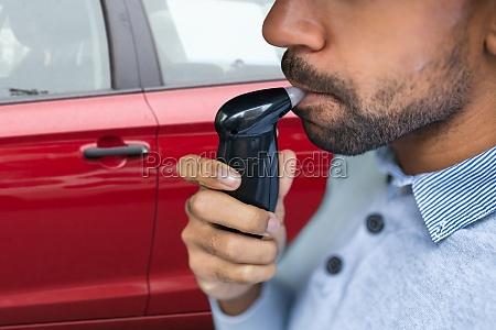 breathalyzer alcohol test device