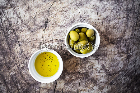 bowls of olive oil and fresh