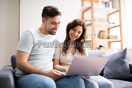 couple shopping online woman buying