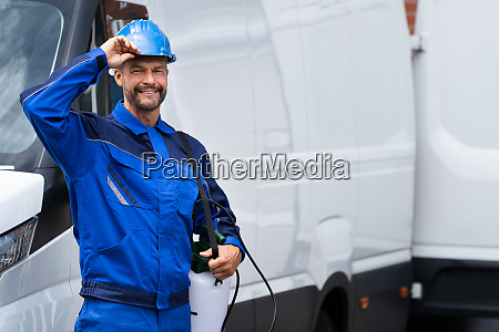 pest control exterminator service worker