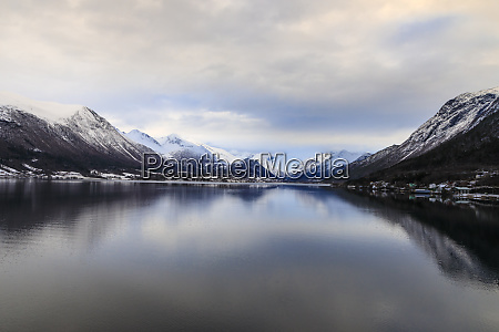 romsdalsfjord mountain snow dawn andalsnes winter
