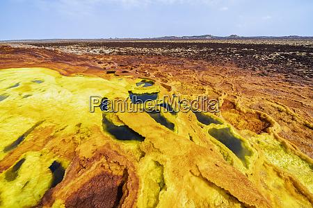 sulfuric acid hot springs dallol danakil