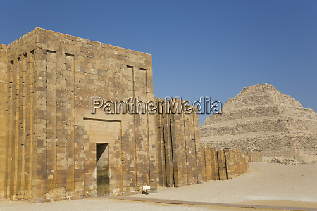 entrance and outer wall step pyramid