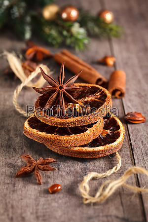 traditional christmas spices