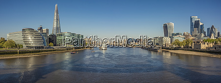 deserted thames river and panoramic view