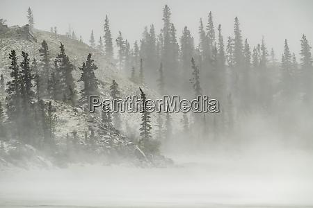 dust storm in kluane national park