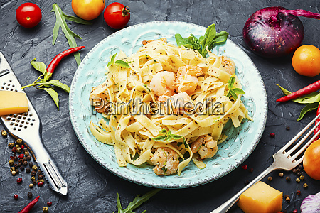plate of pasta with shrimps