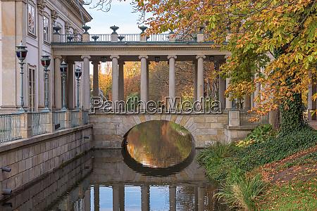 bridge to the palace on isle