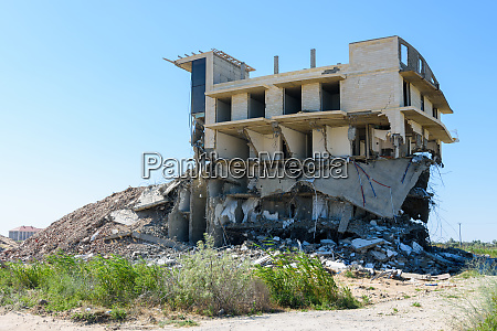 demolition of an illegal building by