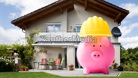 save money in piggy bank protect