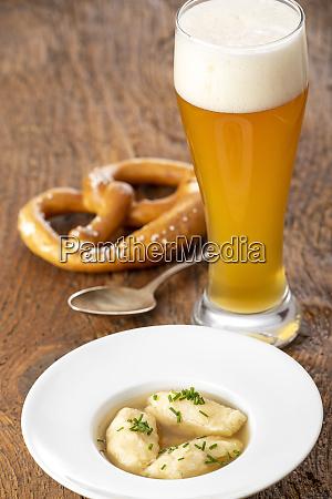 semolina, dumplings, in, broth - 28807697