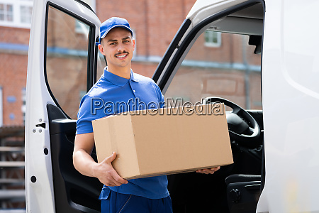 cardboard box delivery near van