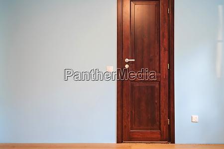 frontal view to the wooden door