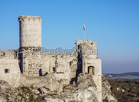 ogrodzieniec castle podzamcze trail of eagles