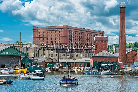 floating harbour at underfall yard with