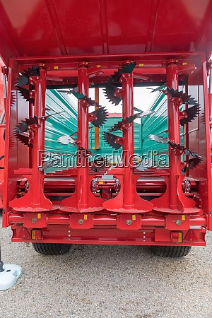 manure spreader beaters vertical