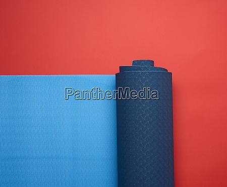 neoprene blue twisted mat lies on