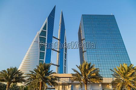 skyscraper building in bahrain