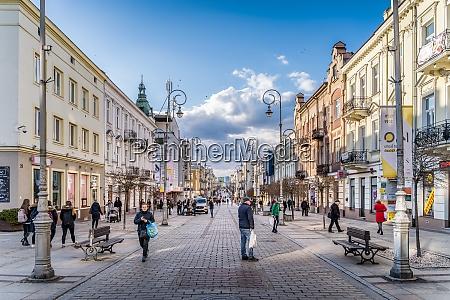 busy promenade henryka sienkiewicza street in
