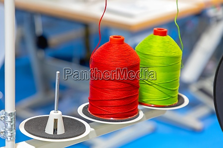green red spools