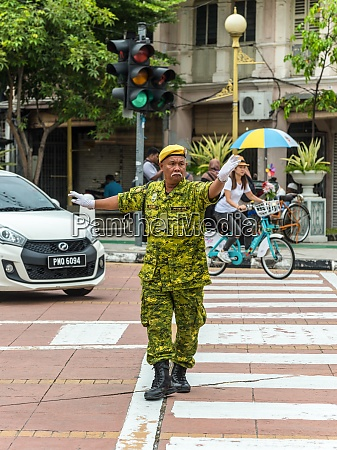 street traffic controller in george town