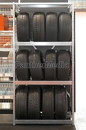 tyres rack
