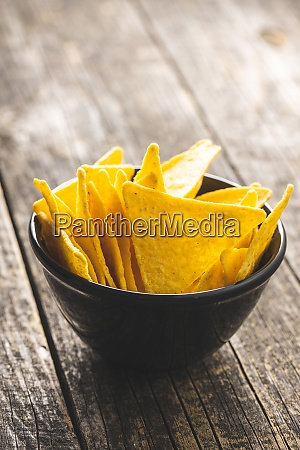 salted tortilla chips