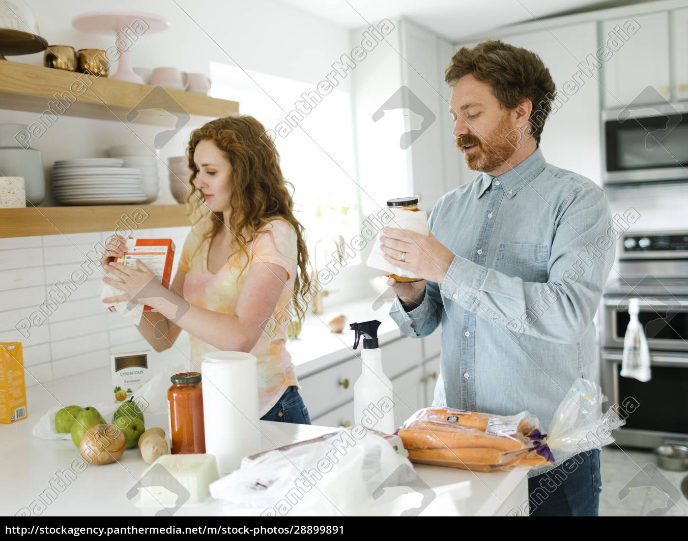 man, and, woman, cleaning, groceries, in - 28899891