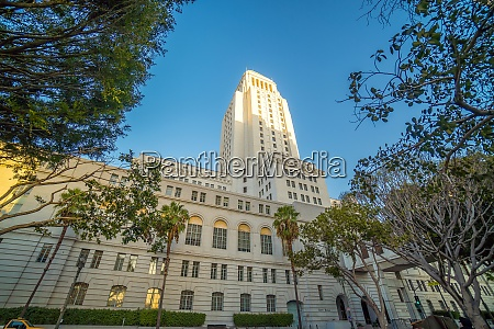 historic los angeles city hall with
