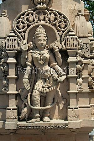 sculpture at kumaraswamy temple