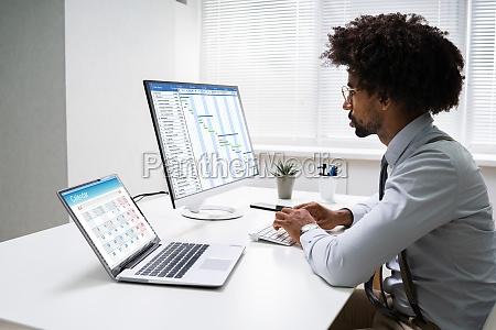 gantt schedule plan on computer screen