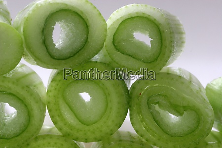 slices of young onion