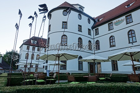 rathaus im ehemaligen kloster st mang