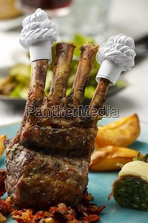 lamb ribs with frills