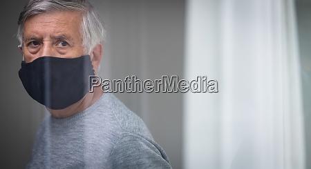 senior man wearing a facemask