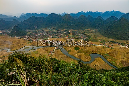 the landscape of the bac son