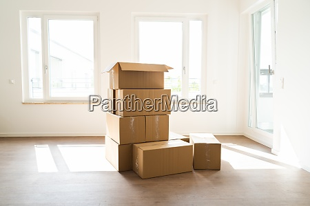 empty room with moving boxes