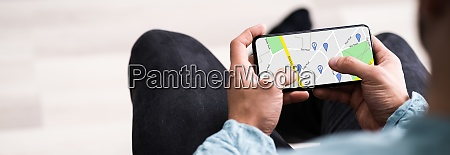 mobile gps location map on phone