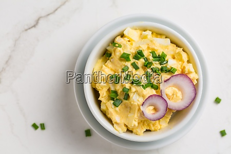 egg spread with onion and chives