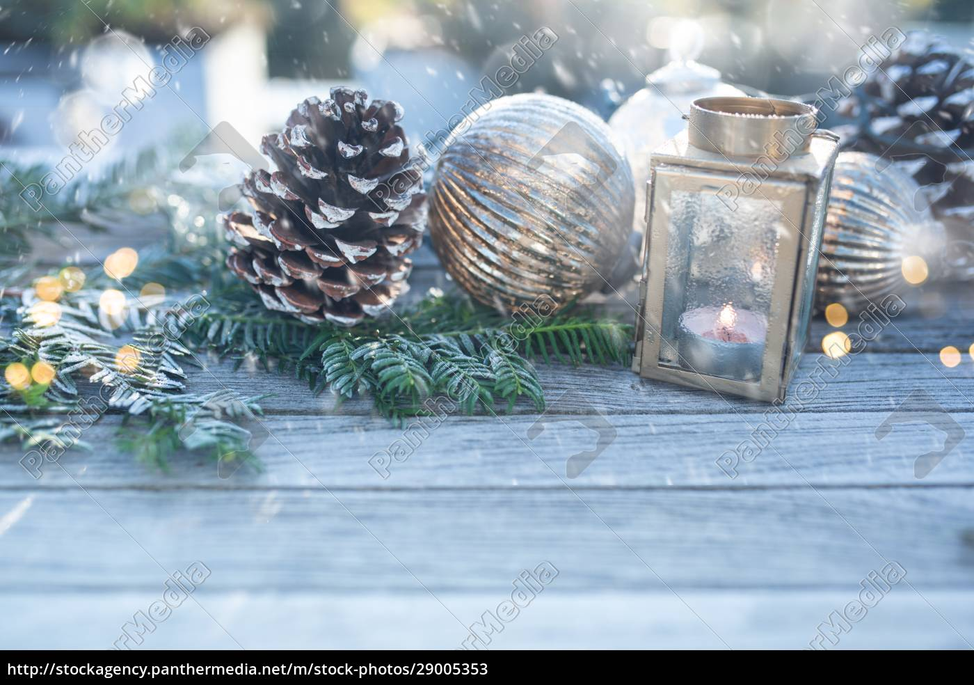 christmas, decoration, with, snowflakes - 29005353