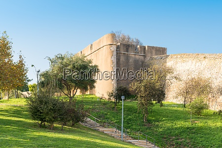 castle of lagos with its defensive