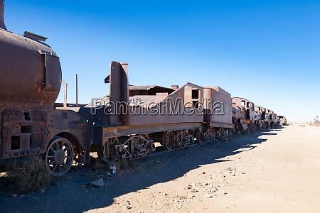 cemetery trains uyuni bolivia