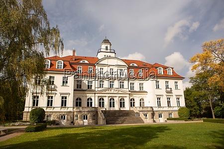 genshagen castle