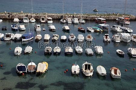 dubrovnik harbor croatia